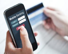 21_04_15_61749023_mobilebanking.jpg